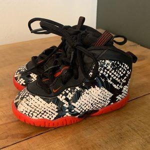 """[Nike] Air Foamposite 1 """"Snakeskin"""" Sneakers - 5C"""